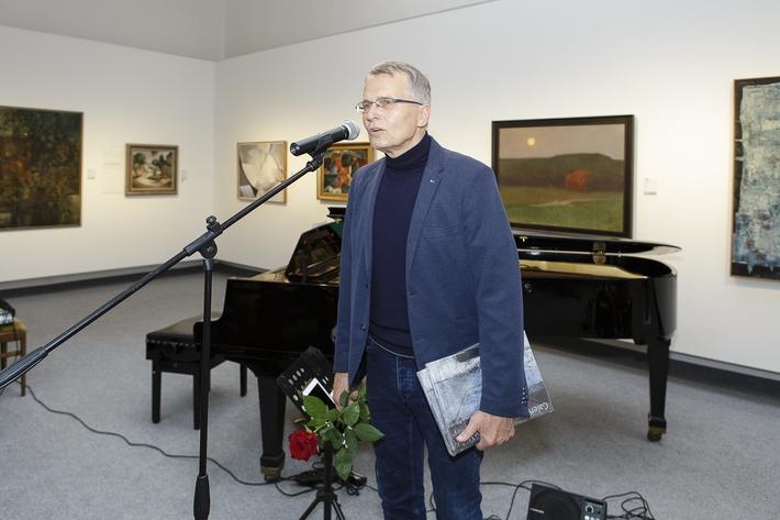 OTÁZKA / Duňa Slavíková | Jan Samec, ředitel Galerie umění Karlovy Vary a spolukurátor výstavy