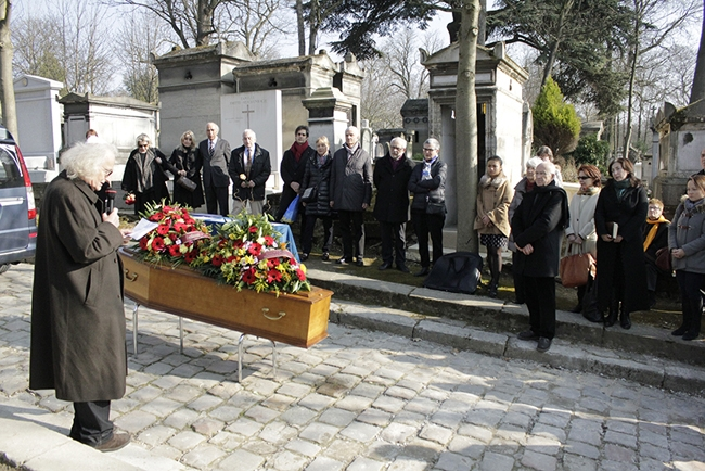 Za Terry Haasovou (+1. března 2016)   Pohřeb Terry Haas, 12. 3. 2016, Paříž, Père Lachaise, foto Roman Kameš