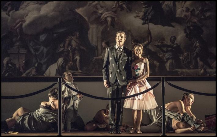 Hitovka v Národním divadle | Vladimír Polívka, Pavlína Štorková, foto Patrik Borecký
