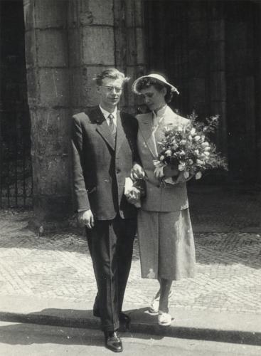 K osmdesátinám Dany Němcové | Jiří Němec a Dana Němcová, svatební foto, 1955
