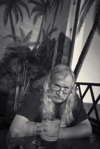 K nedožitým sedmdesátinám I. M. Jirouse (*23. září 1944) | I. M. Jirouse v restauraci Oáza na Smíchovském nádraží, 2006, foto Ondřej Němec