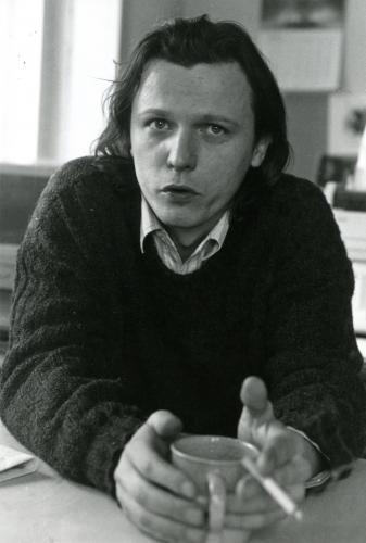 Uplynulo pět roků | Jan Balabán v redakci Revolver Revue, 1992, foto Ludvík Hradilek