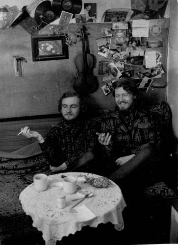 Řeč ze zahájení výstavy Jana Steklíka v Becherově vile (Galerie umění Karlovy Vary, 11. 9. – 8. 11. 2020) | Jan Steklík a Paul Wilson, Ústí nad Orlicí, 1970, foto Helena Wilsonová