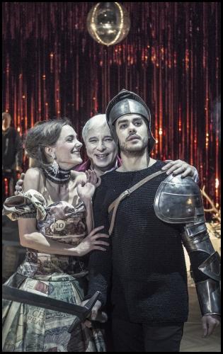 Hitovka v Národním divadle | Jana Pidrmanová, Vladislav Beneš, Patrik Děrgel, foto Patrik Borecký